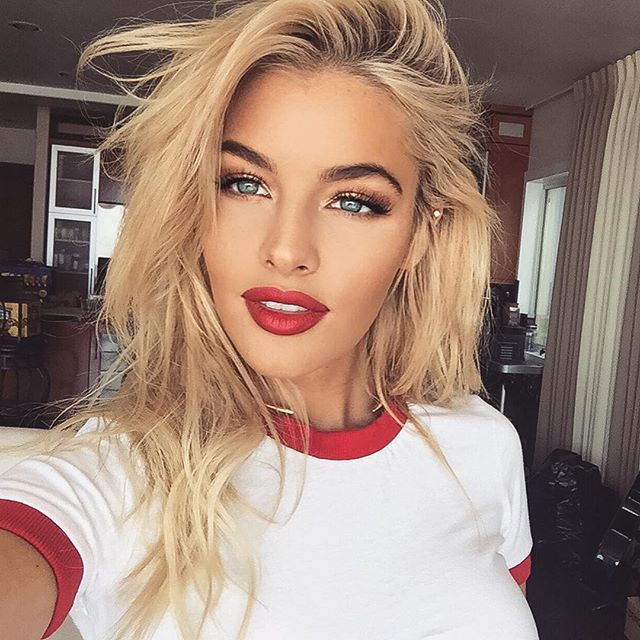 Makeup To Wear With A Red Dress Blonde Hair Photo Wallpaper